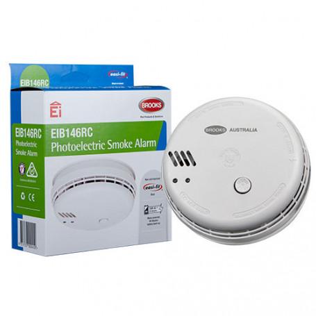 Photoelectric 230-volt Smoke Alarm with 9-volt Alkaline battery back-up